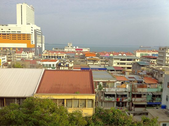 Hotel Sandakan : A seaview from a room