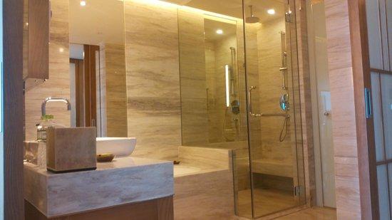 InterContinental Nha Trang : Bathroom