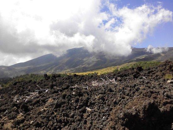 Monte Etna: sacra riverenza