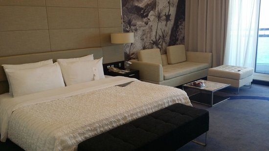 Le Meridien Al Aqah Beach Resort: Room
