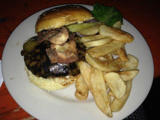 The Dubliner: Dubliner Burger