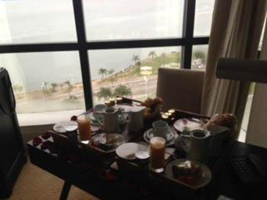 Novotel Florianopolis: Café da manhã no quarto