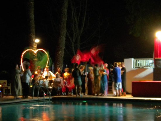 The Orangers Beach Resort & Bungalows: Tunisian night