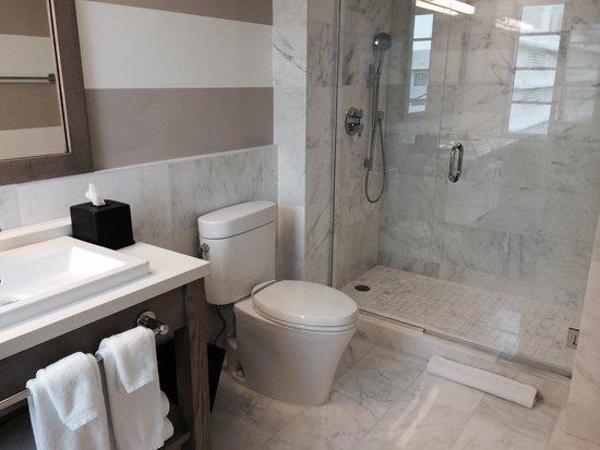 The Redbury South Beach: Salle de bain