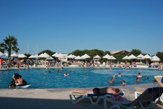 Iberostar Diar El Andalous : Vu générale de la piscine
