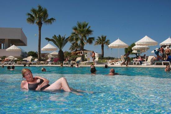 Iberostar Diar El Andalous : La  piscine  très  agréable