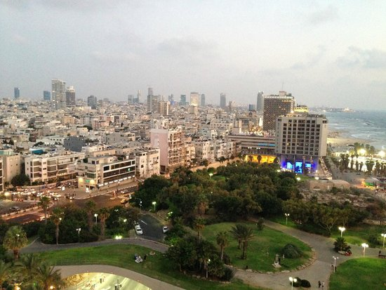 Hilton Tel Aviv: View to the south