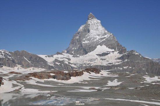The Matterhorn: 山