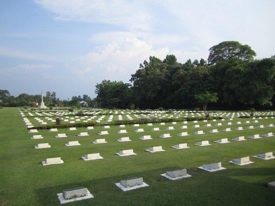 Labuan War Cemetery: War Memorial