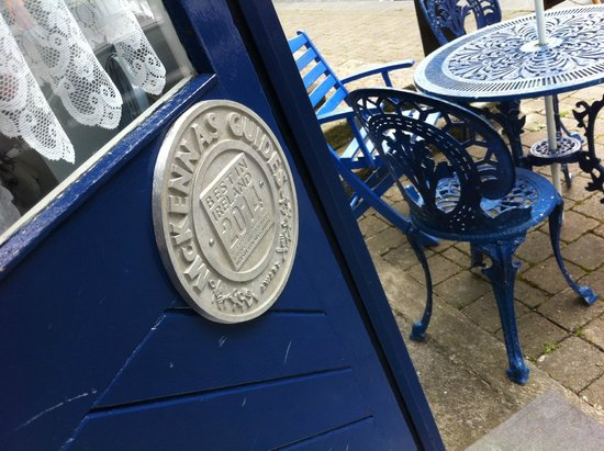 Blue Bicycle Tea Rooms : Front Seating for great people watching in Newport