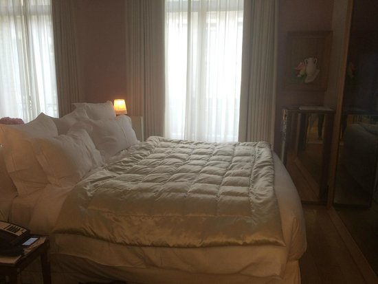 Le Royal Monceau-Raffles Paris : Bed