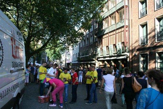 Altstadt: Street Scene