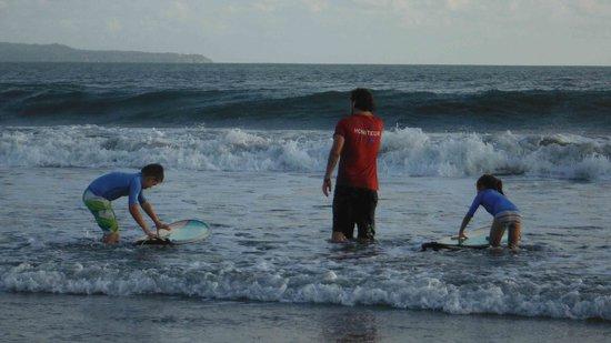 Bali Ocean Surf: Présence de Thibaud à chaque instant