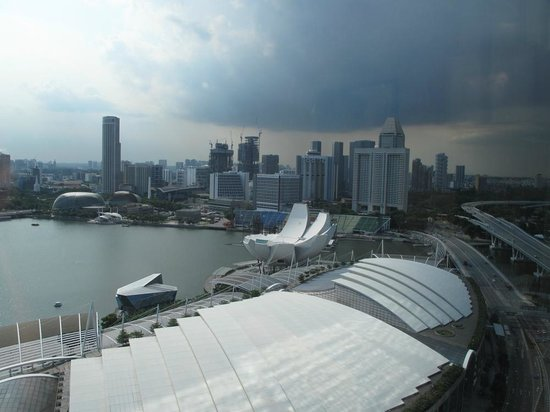 Marina Bay Sands : the view from our suite