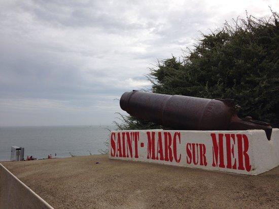 Best Western Hotel De La Plage : ビーチにて