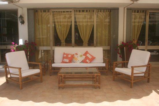 Hotel Anna: Area Relax in Giardino