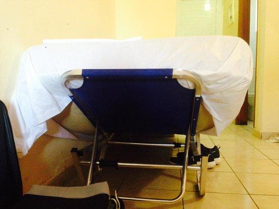 Savvas Hotel: Fab bed!!