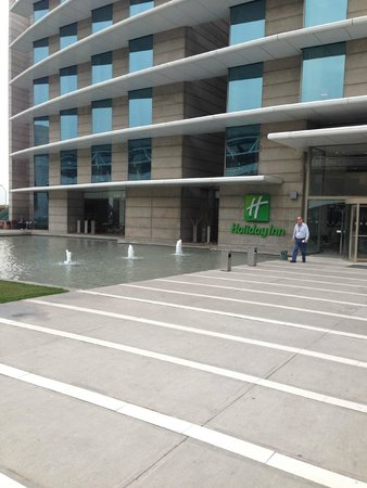 Holiday Inn Santiago Airport : Hotel
