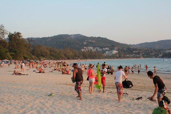 Kata Beach: Everyone packing up as dusk falls