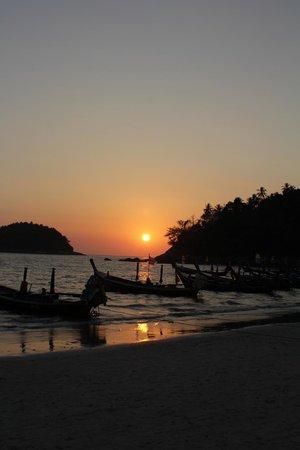 Kata Beach: sunset looking northwest