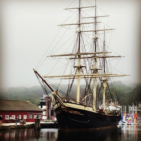 Mystic Seaport: Whaling ship