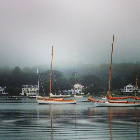 Mystic Seaport: Foggy morning view
