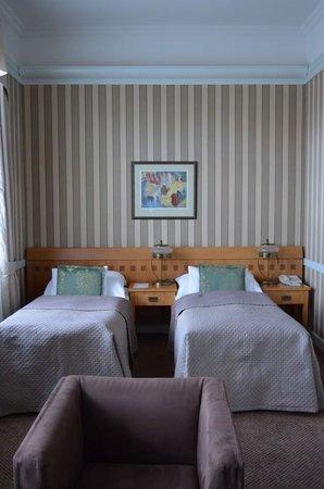 Hotel Paris Prague: twin beds