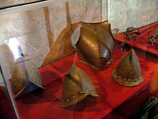 Castillo de Coca: more examples of armour