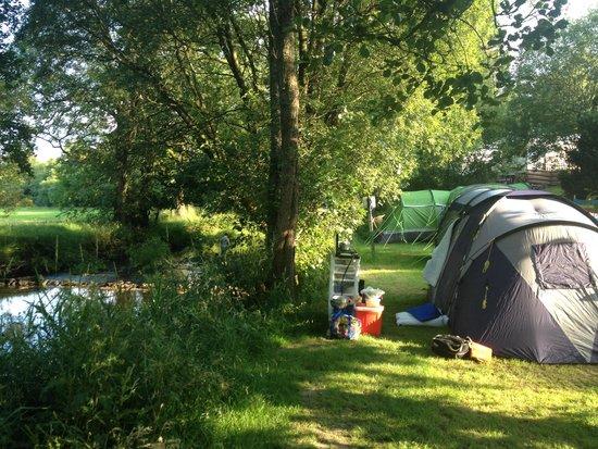 Glan Ceirw Caravan Park : Our pitch on the river