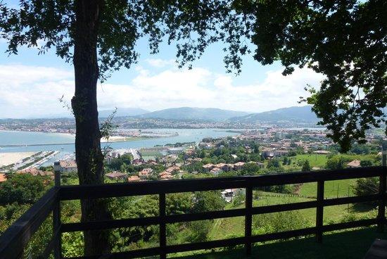 Casa Rural Higeralde : las vistas desde la habitacion