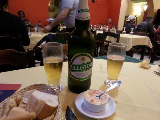 Parrillada El Portón: Restaurante