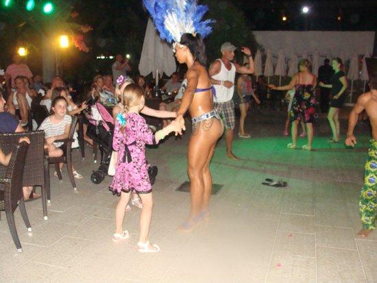 Vera Mare Resort: Танцы под живую музыку