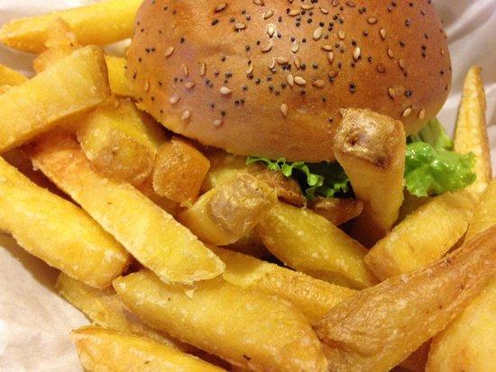 Holy Cow! Gourmet Burger Company - Plain Palais : バーガー