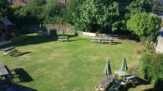 The Sherston Inn: View of beer garden.