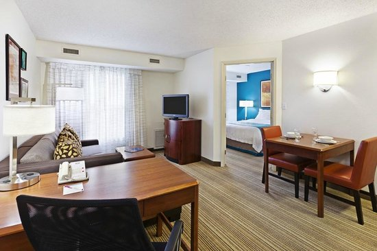 Residence Inn Austin South: One Bedroom Suite