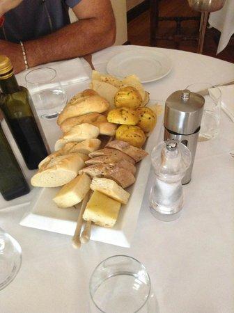 Grand Hotel San Pietro: Amazing bread platters!!