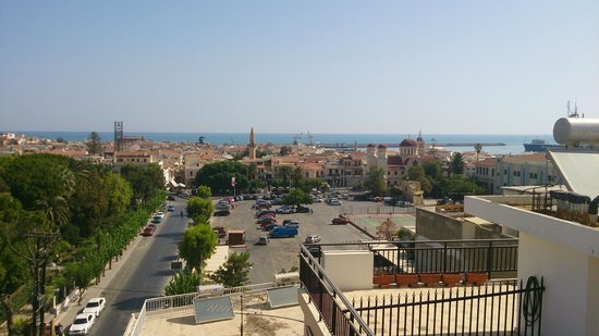 Jo-An Palace Hotel : Вид с крыши отеля на город