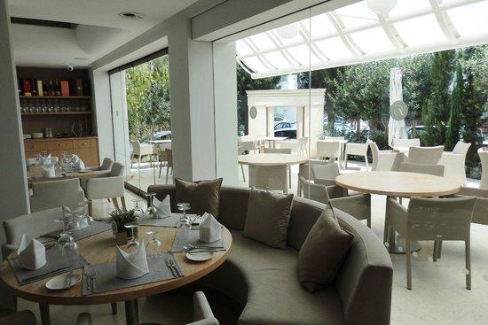Alasia Hotel: Restaurant