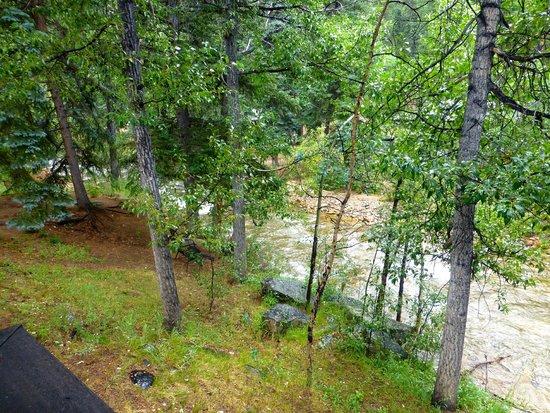 Fall River Cabins: Fall River