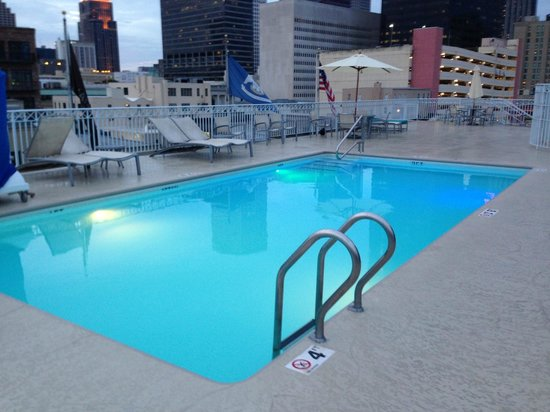 Renaissance New Orleans Arts Warehouse District Hotel: Rooftop Pool