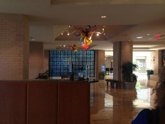 Renaissance New Orleans Arts Warehouse District Hotel: Lobby