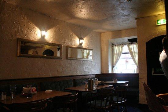 Dobbins Inn Hotel : Dining area, very atmospheric.