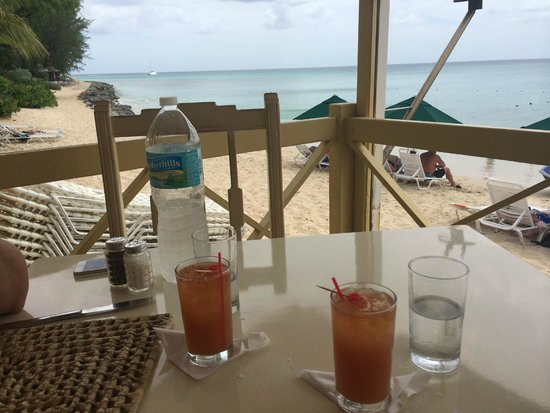 Zaccios : Rum punch and water