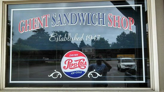 Ghent Sandwich Shop: Shop front