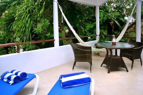 Club Yebo: Capulina Balcony (TreeTop)