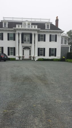 Bellevue Avenue : Bellvue ave house