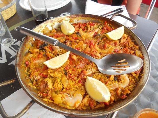 Casa Pon: Paella