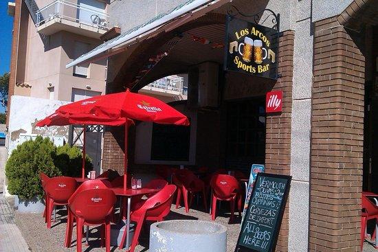 sports Bar los Arcos