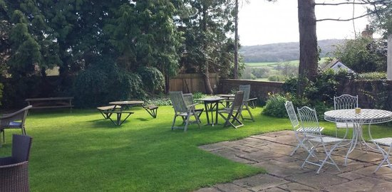 The Plough Inn, Everdon.   Garden.