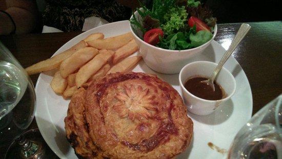 Arthur's Bar & Grill: Fantastic serving of shepherd's pie